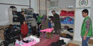 Gaziantep'te engellilere kıyafet yardımı