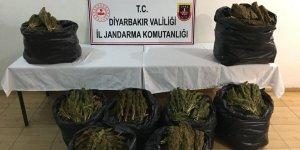 Diyarbakır'da 86 kilo 760 gram esrar ele geçirildi