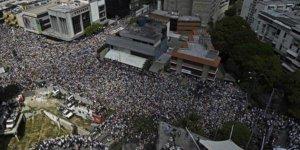 Venezuella'da ABD baskısı sonrası Maduro'dan kritik açıklama