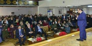 Vali Güzeloğlu, okuma yazma seferberliği sertifika dağıtım törenine katıldı