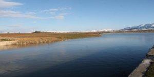 Belediye gölet çevresinde mesire alanı oluşturdu