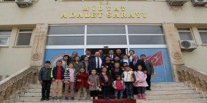 Öğrencilerden Başsavcısı Akkiraz'a teşekkür ziyareti