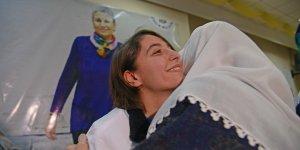 Diyarbakır'da HDP'li vekil 6 kişi ile açlık grevine başladı