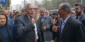 Ahmet Türk: Kürt düşmanlığı üzerinden siyaset yapılıyor
