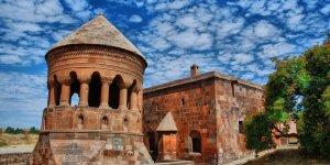 UNESCO'nun son gözdesi Ahlat oldu!