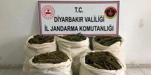 Diyarbakır'da 85 kilogram esrar ele geçirildi