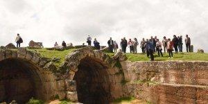 Zerzevan'a turist akını