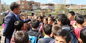 Diyarbakırlı öğrenciler davet etti, Ebru Yaşar kabul etti