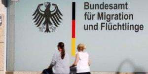 Almanya'da mültecilerin sınır dışı edilmesi hızlandırılıyor