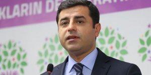 Demirtaş: Erdoğan, küçük düşürücü bir yenilgiye uğradı