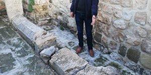 Mardin'de tarihi mezarlara saldırı