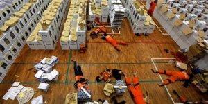 Oy sayan 272 sandık görevlisi hayatını kaybetti