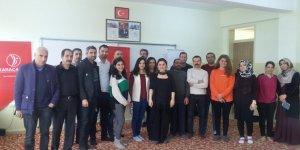 Diyarbakır'da öğretmenlere drama eğitimi