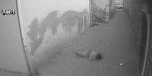 Genç kızın 3. kattan düşme anı kameralara yansıdı