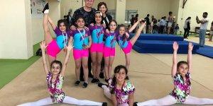 Minik jimnastikçilerden başarı