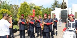 VİDEO - Engelliler bandoyla seslendi