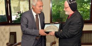 Mardin Metropoliti'den Mızraklı'ya ziyaret
