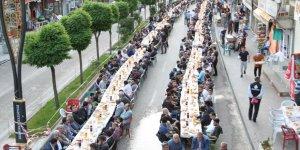 Şemdinli Belediyesinden iftar yemeği