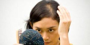 Fazla stres kadınlarda saçları döküyor