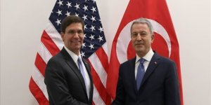 Akar, ABD Savunma Bakanı Vekili Esper'le görüştü