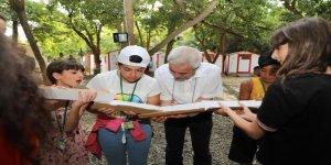 Mızraklı, Çocuk Yaz Kampı'nı ziyaret etti