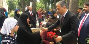 15 Temmuz Şehitliği'nde anma töreni