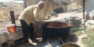 Siirt'te vatandaşlar pekmez yapımına başladı