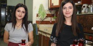 Van'daki kahvelerde kadınlar ocak başında