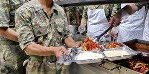 Sakarya'da askerlerin zehirlendiği iddia edildi