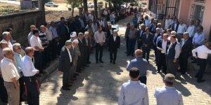 HDP Diyarbakır'da kan davalı aileleri barıştırdı