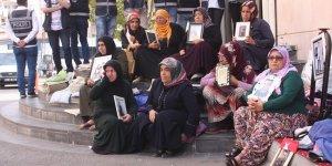 VİDEO- HDP önünde oturan aile sayısı 54'e yükseldi