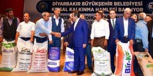 Büyükşehir'den çiftçilere sertifikalı tohum hibesi
