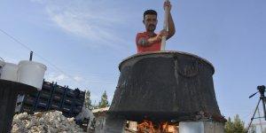 Şanlıurfa'da kazanlar pestil ve pekmez için kaynıyor
