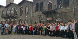 Diyarbakır'a gelen Oda ve Borsa yöneticilerine tarihi mekanları gezdi