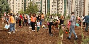 Diyarbakır Ortadoğu Koleji Anaokulu öğrencilerinden fidan dikimi etkinliği
