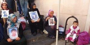 HDP önündeki ailelerin oturma eyleminde 51'inci gün