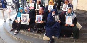 HDP önündeki ailelerin oturma eyleminde 53'üncü gün
