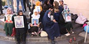 HDP önündeki ailelerin oturma eyleminde 55'inci gün