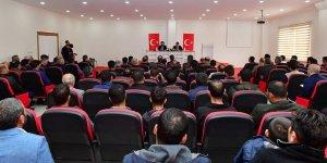 Vali Güzeloğlu Mega Sanayi Sitesinde işverenlerle buluştu