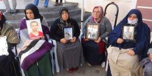 HDP önündeki ailelerin oturma eyleminde 59'uncu gün