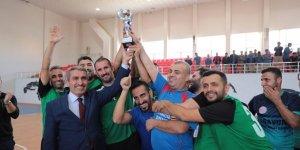 Mardin'de öğretmenler futsalda kapıştı