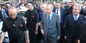 Cumhurbaşkanı Erdoğan sınır hattında incelemelerde bulundu