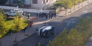 Bağlar'da öğrenci servisi kaza yaptı: 5 yaralı