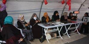 HDP önündeki ailelerin oturma eyleminde 63'üncü gün