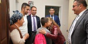 Tunceli'de bin öğretmen, öğrenci evlerinde