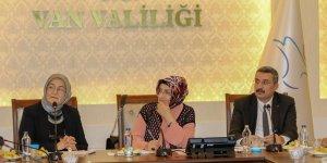 Van'da 'Kadına Yönelik Şiddetle Mücadele' toplantısı