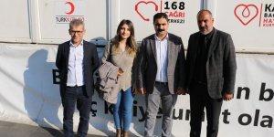 Sur'un Eşbaşkanı ve belediye çalışanlarından kan bağışı