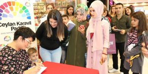VİDEO - Yazar İclal Aydın, Diyarbakır'da kitapseverle buluştu