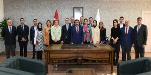 Güzeloğlu'dan Kayapınar ve Yenişehir Belediyelerine ziyaret