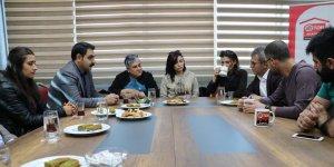 Sur Belediyesi Eşbaşkanı Özdemir'den diş hekimlerine ziyaret